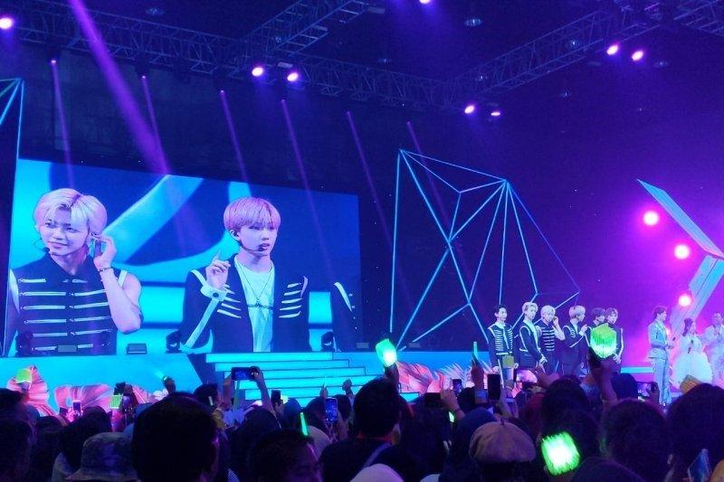Grup band NCT Dream akui belum sempat cicipi makanan khas Indonesia