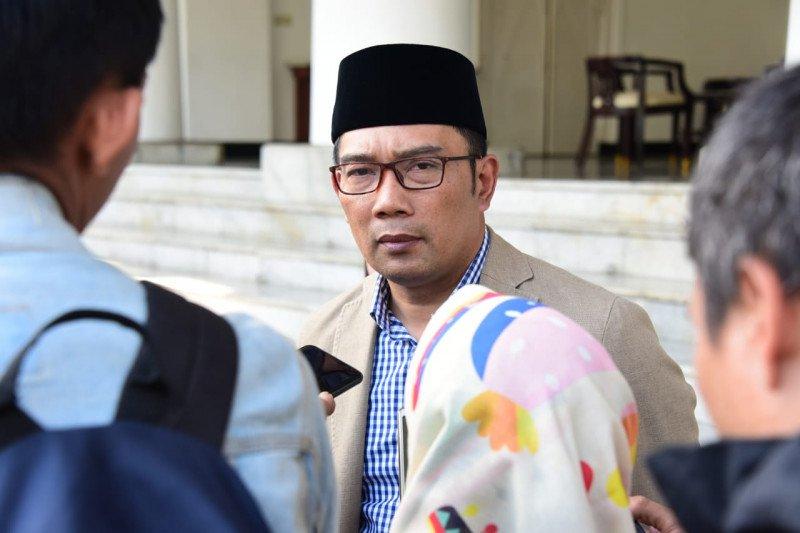Ridwan Kamil ingin sematkan nama BJ Habibie pada bangunan monumental