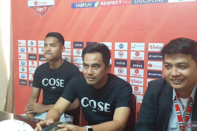 Jelang pertandingan lawan Semen Padang pelatih PSS Sleman kritisi lapangan Haji Agus Salim