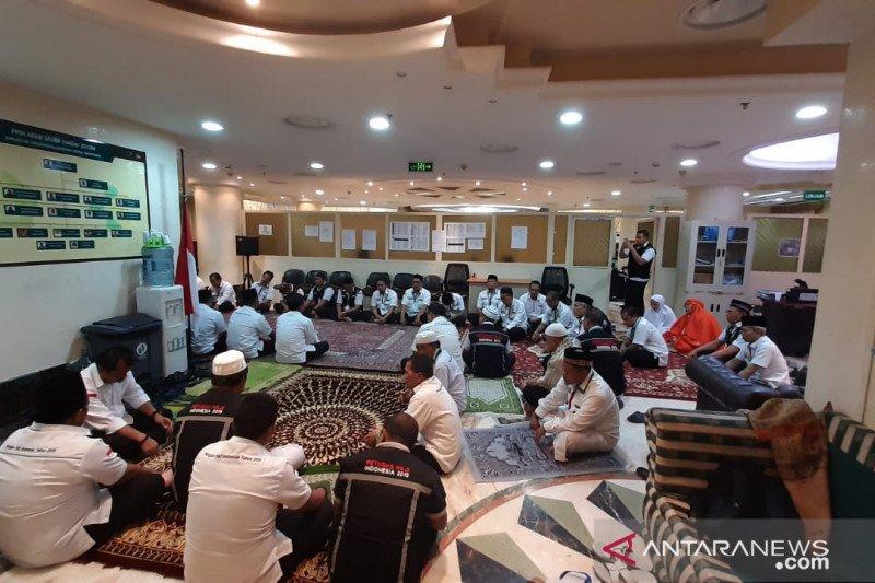 Habibie wafat, petugas haji gelar doa bersama di Tanah Suci