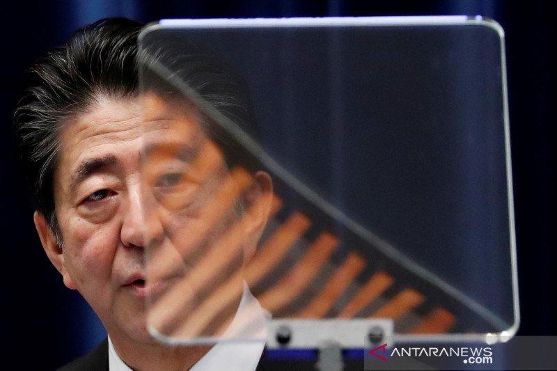 Mendag Jepang mundur terkait bagi-bagi kepiting dan melon saat pemilu