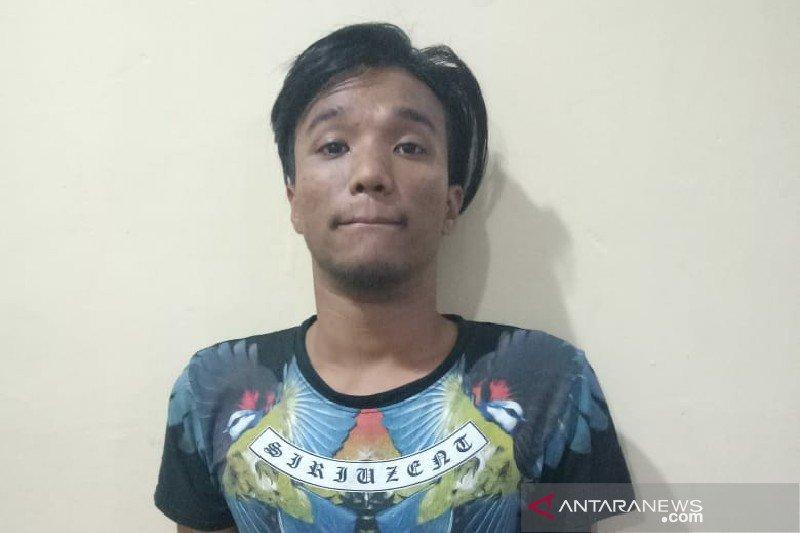 Kenalan dengan wanita di Facebook, Haris dipukul martil
