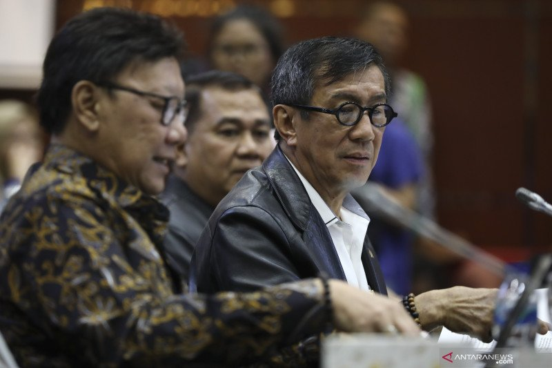 Pemerintah berikan pandangan terkait revisi UU KPK