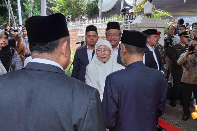 Wan Azizah hadiri pemakaman BJ Habibie