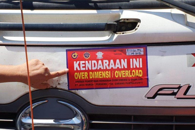 130 truk terjaring Operasi ODOL di Tol Cipularang