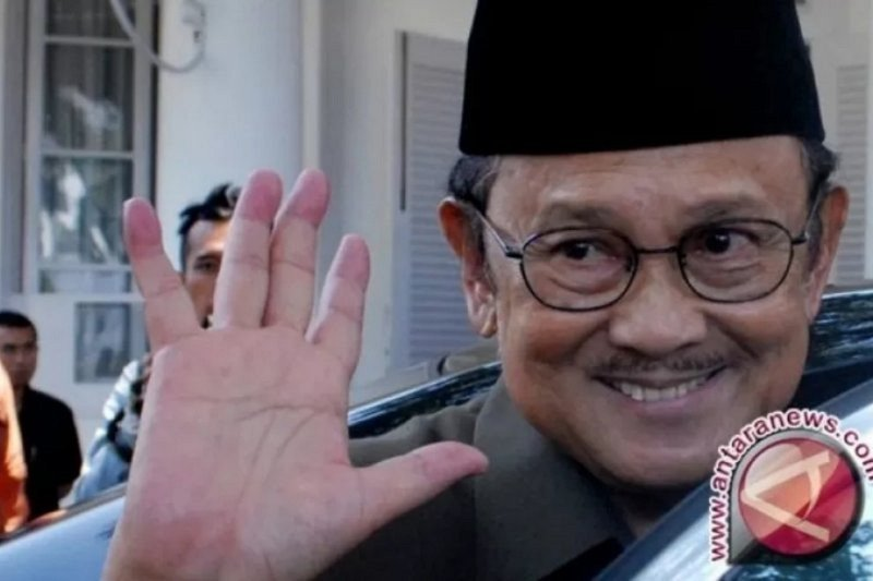 Prestasi BJ Habibie, PWI Sulut usulkan Habibie tokoh pers Nasional