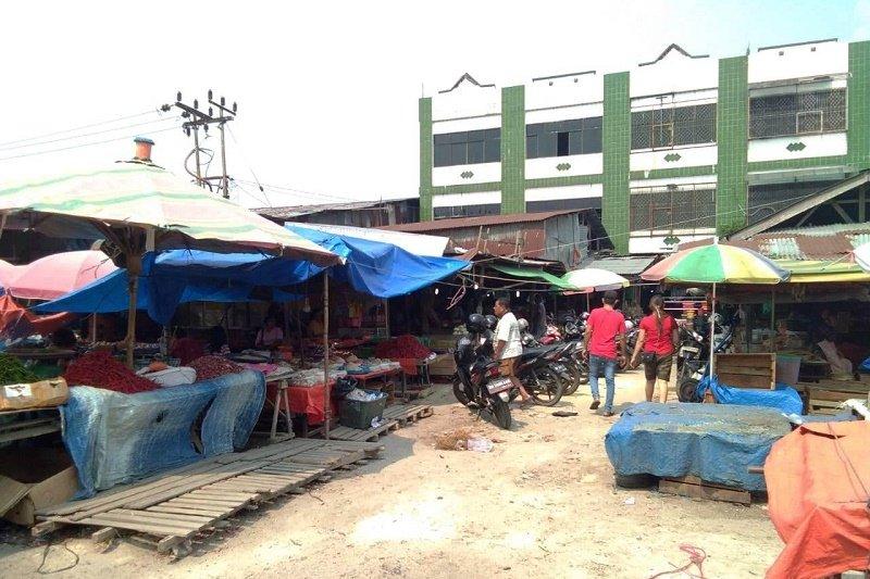 Karhutla Riau - Pedagang keluhkan omset menurun 30 persen akibat asap