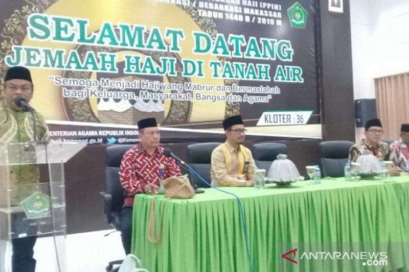 Bupati Bone Jemput Langsung Jamaah Hajinya di asrama haji Sudiang
