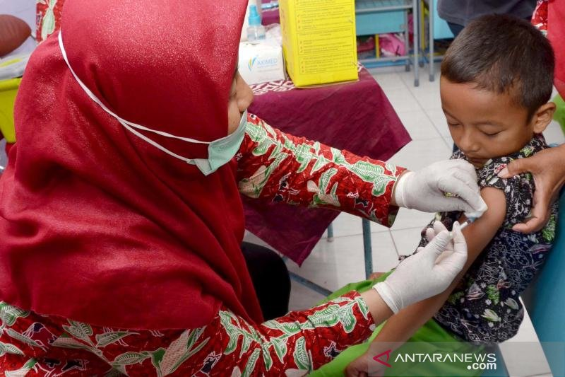 Cegah penyakit, ratusan anak SD/MI di Boyolali diimunisasi