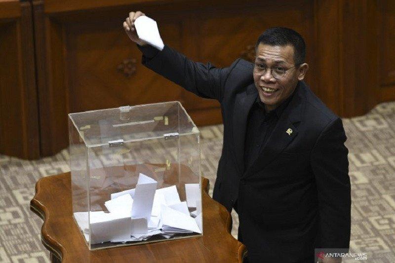 Komisi III DPR RI minta pimpinan KPK terpilih bekerja sesuai UU