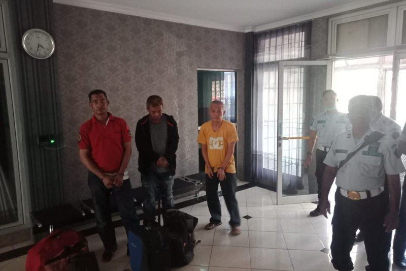 Tiga narapidana asing berisiko tinggi dipindah ke Nusakambangan