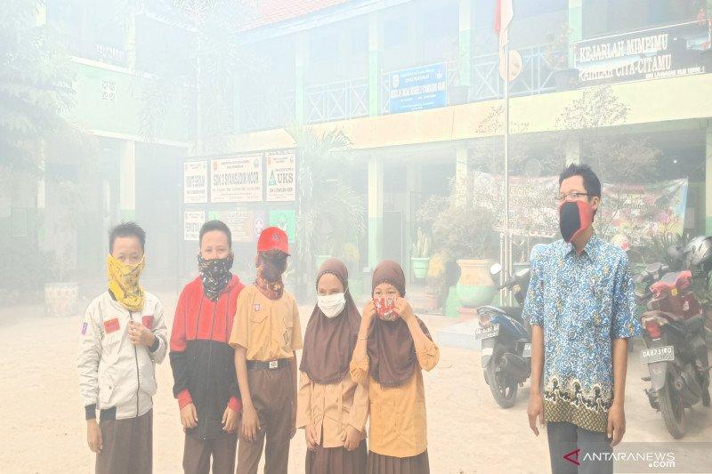 Hadapi asap karhutla, Disdikbud Paser minta pelajar gunakan masker