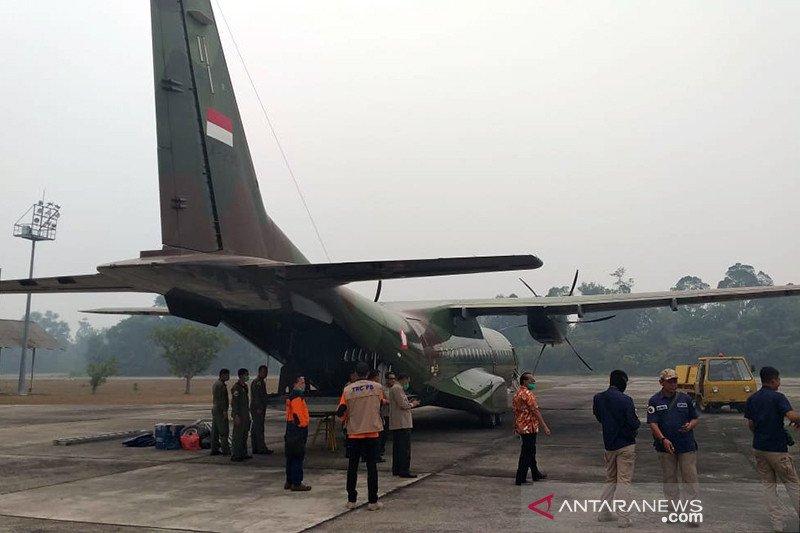 Dua pesawat cassa disiapkan untuk operasi hujan buatan di Riau