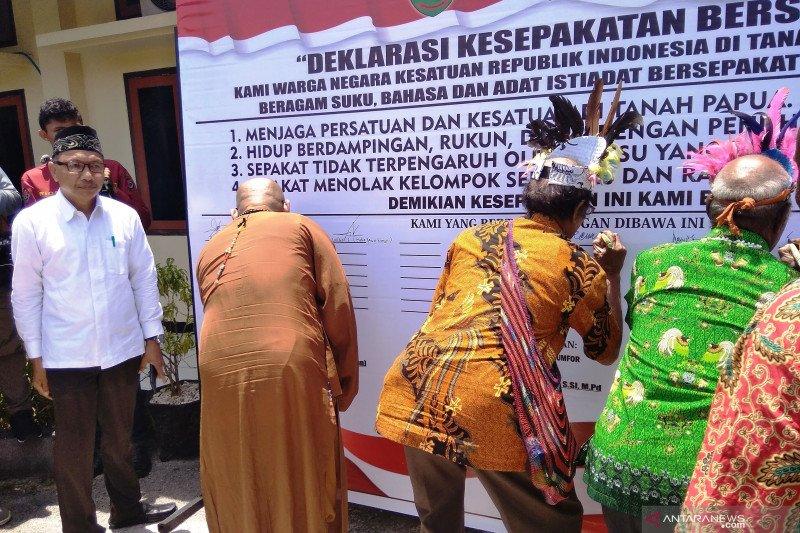 Ormas Nusantara Biak Numfor ikut berperan menjaga Papua tanah damai