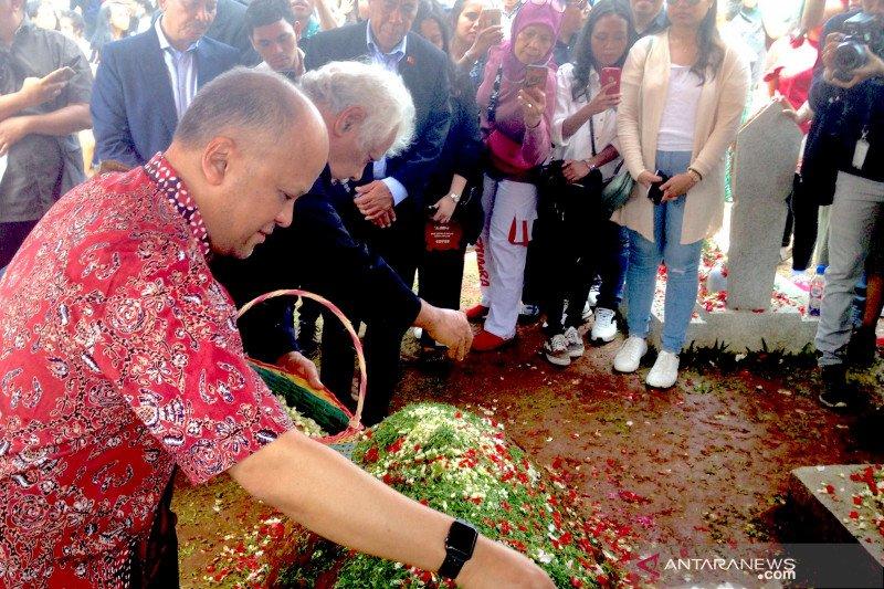 Xanana ajak mahasiswa Timor Leste beri penghormatan kepada BJ Habibie