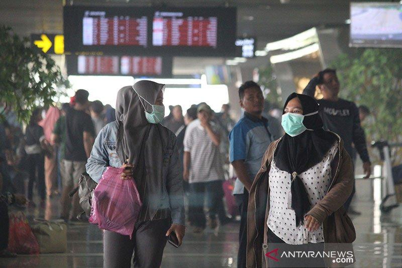 Akibat asap, 37 penerbangan batal di Bandara Supadio