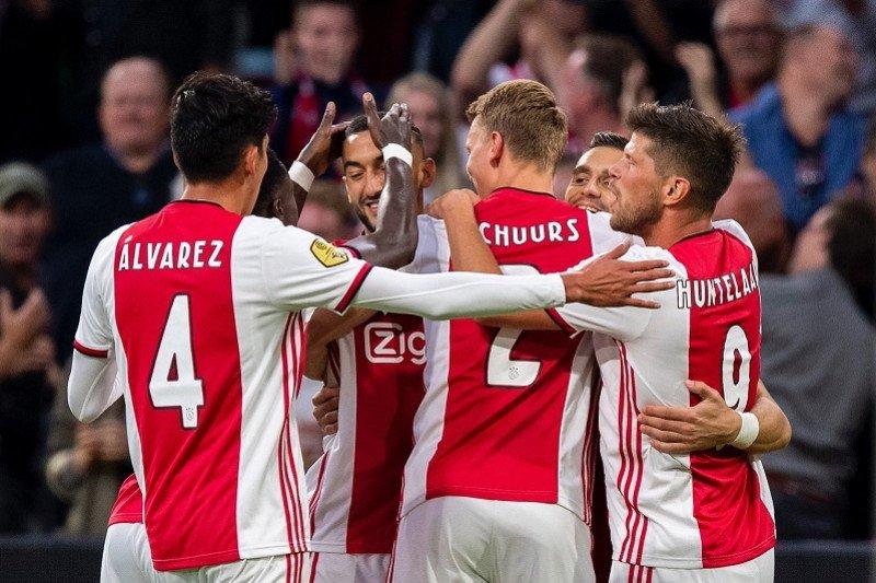 Hasil Liga Belanda, Ajax dongkel Vitesse dari puncak