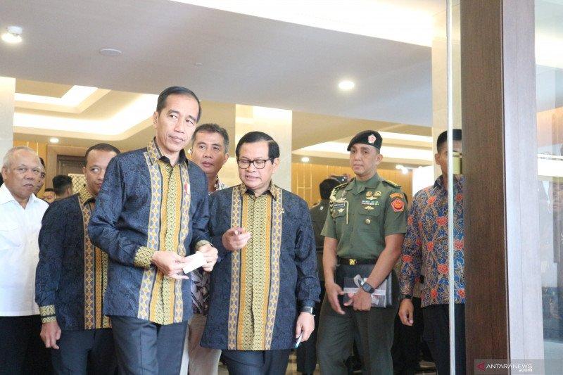 Jokowi segera ajukan revisi 74 undang-undang