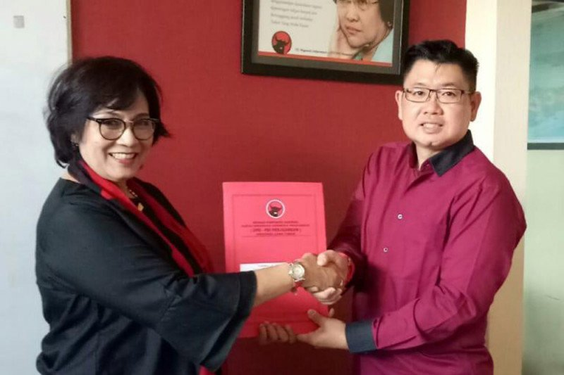 Kader PSI jelaskan alasan daftar Cawali Surabaya di PDIP