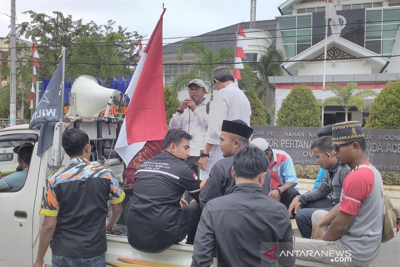 Massa Gempar berdemo di PTUN terkait gugatan Bupati Simeulue