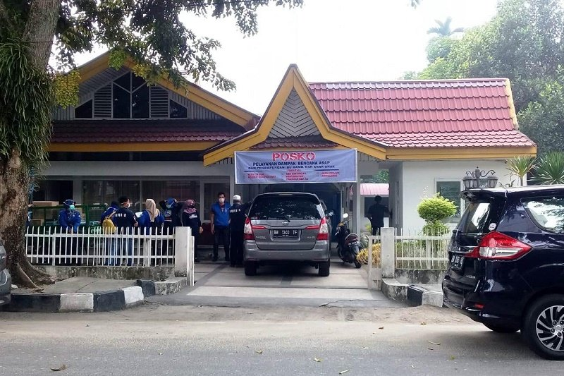 Demokrat Riau buka posko pelayanan kesehatan korban kabut asap