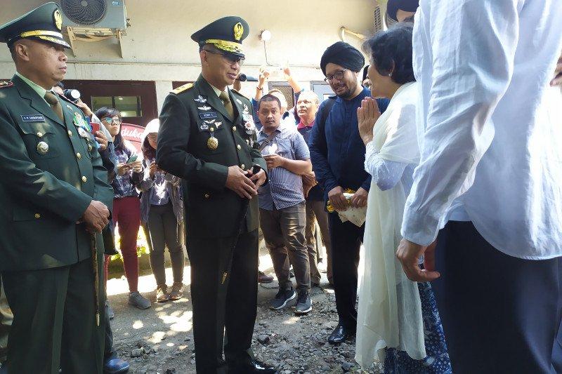 Pangdam IX/Udayana pimpin upacara pelepasan jenazah HS Dillon