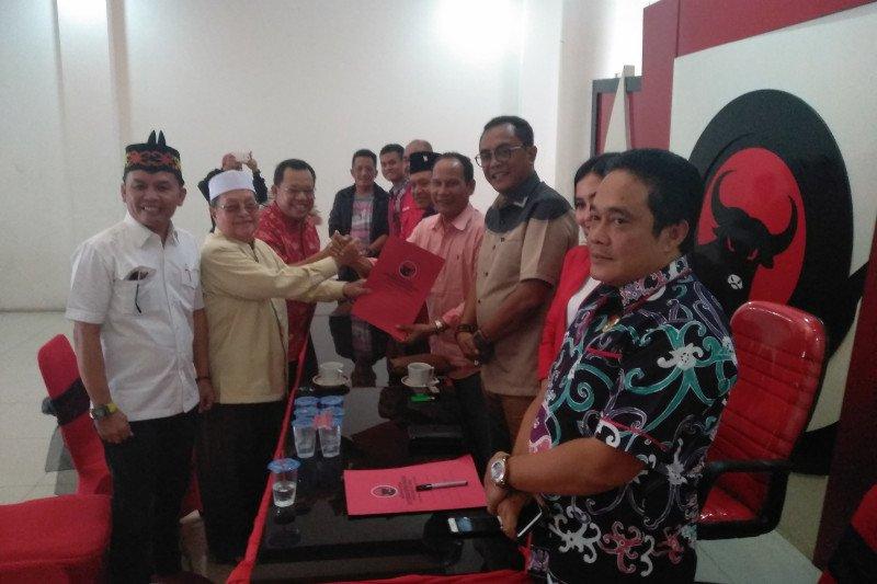 Baru Sugianto kembalikan formulir pendaftaran cagub ke PDIP Kalteng