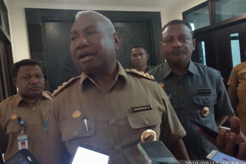 Gubernur Papua Barat kumpulkan bupati bahas penanganan mahasiswa