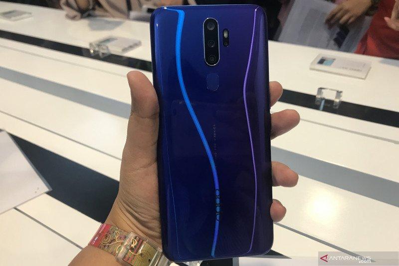 Oppo luncurkan ponsel dengan empat kamera belakang