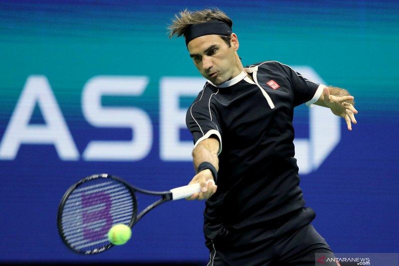 Federer tak merasa terancam Nadal meski terpaut satu gelar