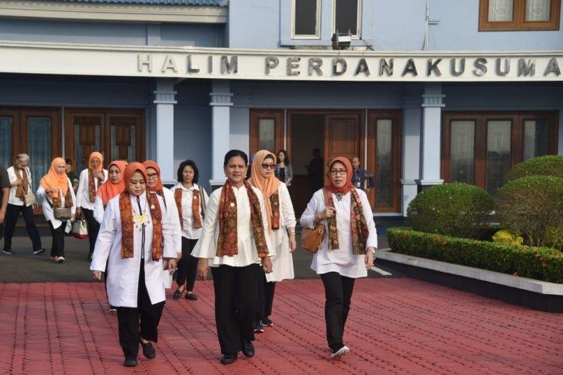 Ibu Negara Iriana Joko Widodo sosialisasi bahaya narkoba di Palembang