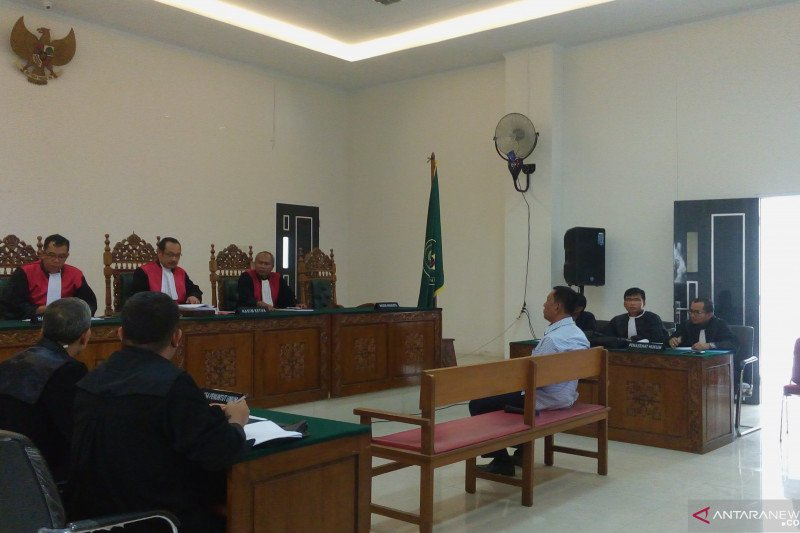 Wakil bupati Pesisir Selatan hadiri sidang perdana Kasus mangrove