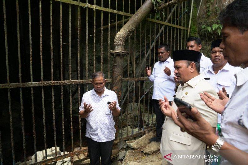 Bupati Aceh Besar minta polisi tindak tegas penebangan hutan