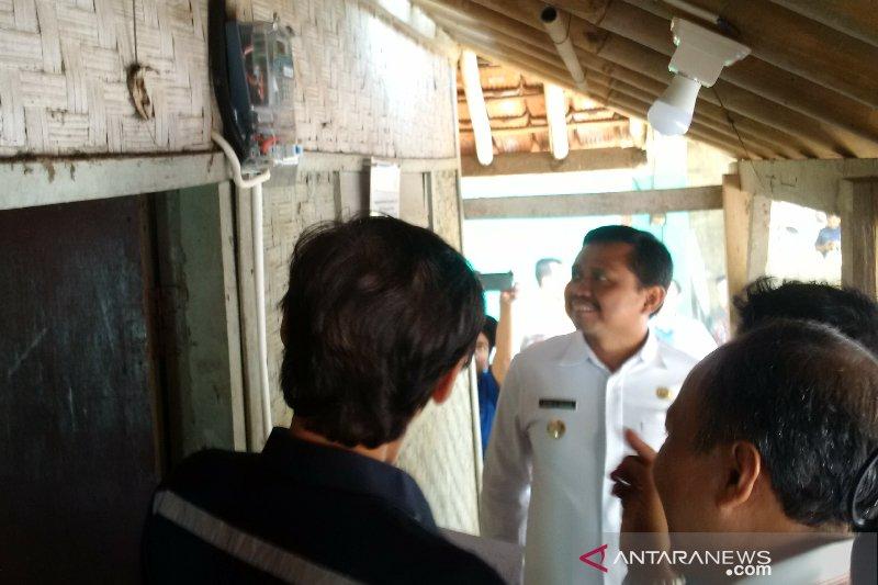 Pemkab Sumedang siap pasang tiga ribuan sambungan listrik baru bagi rumah warga