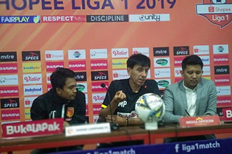Milan Petrovick minta pemain Perseru-Badak Lampung bermain ngotot