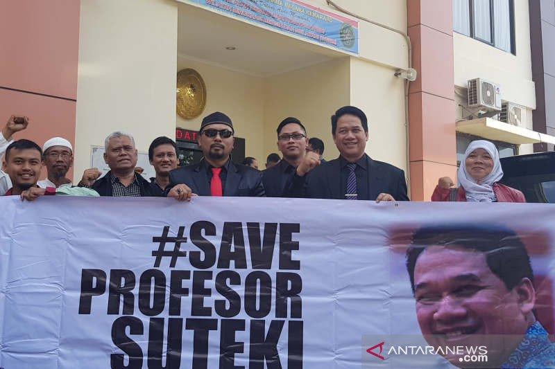 Hadapi Rektor Undip, Prof. Suteki siapkan ahli tata usaha negara