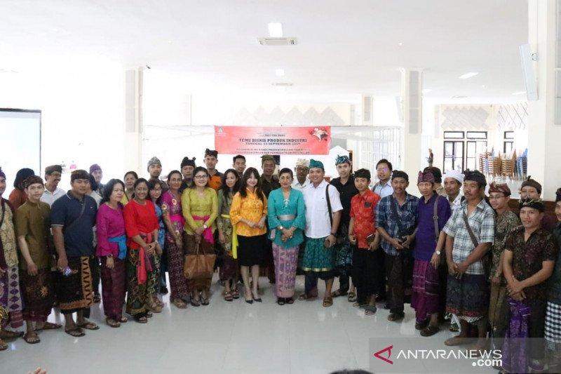 Dekranasda Bali pertemukan perajin dengan pengusaha ritel
