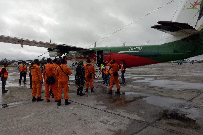 Pesawat hilang kontak di Papua masih belum ditemukan