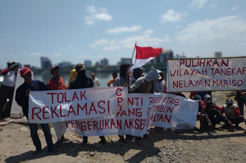 Nelayan kembali demo di  lokasi reklamasi CPI Makassar