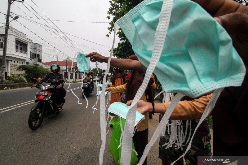 Dinkes Dharmasraya bagikan 17.300 masker untuk atasi asap karhutla