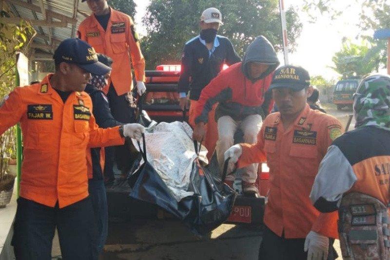 Tim SAR mengakhiri operasi pencarian korban perahu terbalik di Cilacap