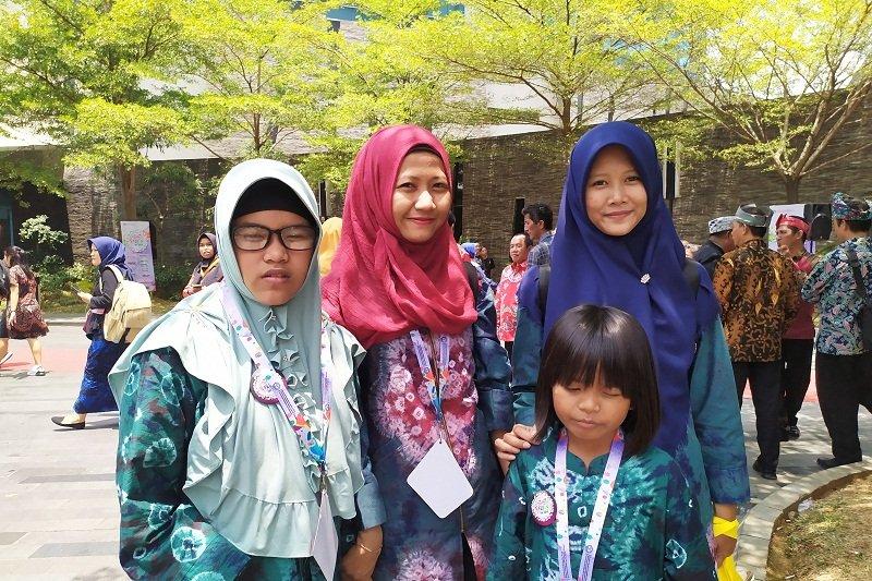 Penyandang disabilitas bertarung di FLS2N Lampung