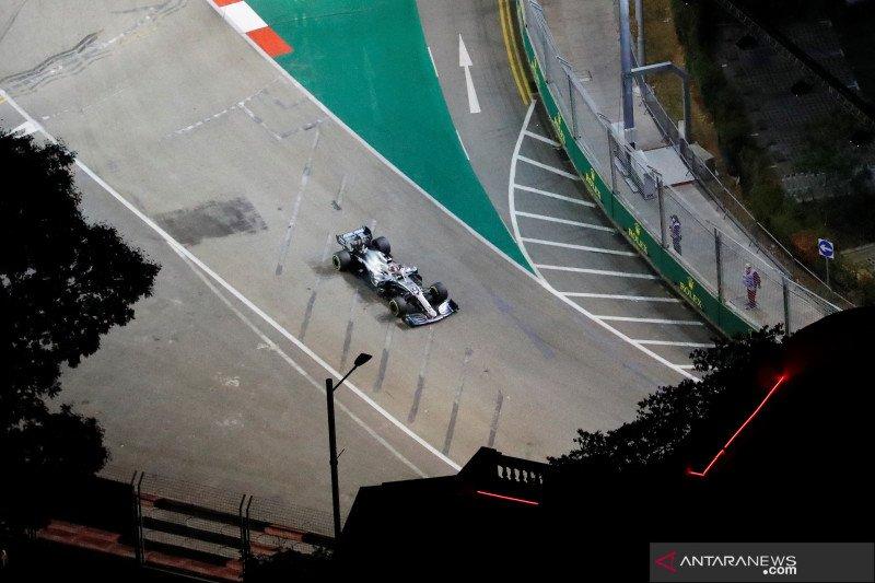 Hamilton ungguli Verstappen di FP2 GP  Singapura
