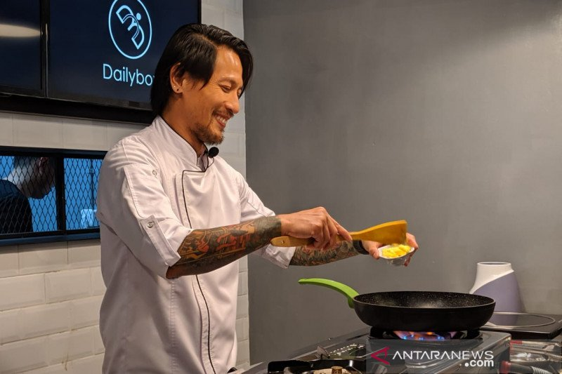 Chef Juna hadirkan dua menu nasi kotak di Dailybox