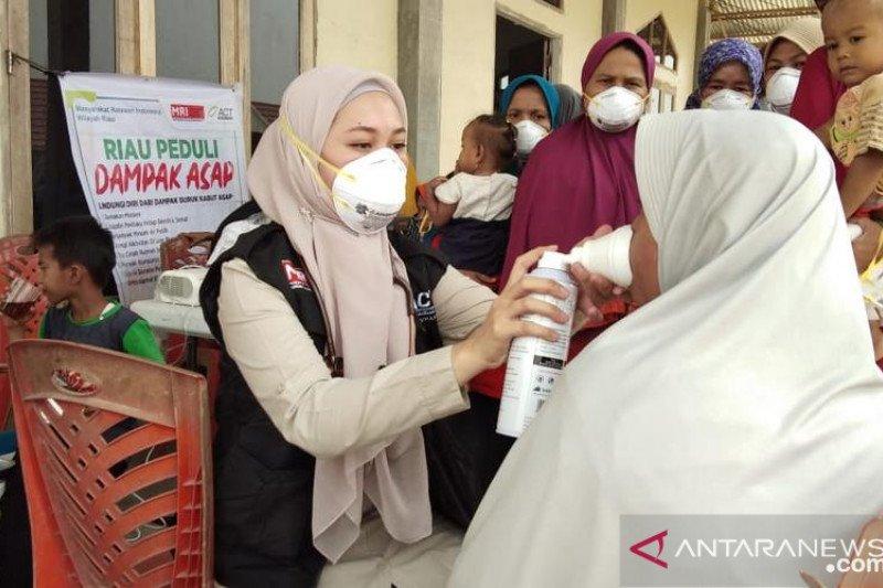 ACT bagikan ribuan masker untuk korban bencana asap Riau
