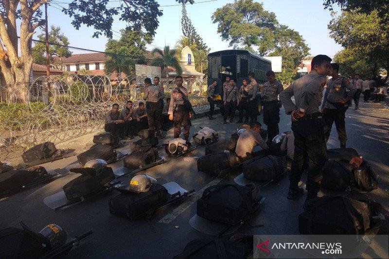 Kakanwil Kemenkumham NTB berangkat ke Jakarta bawa pesan tuntutan NW