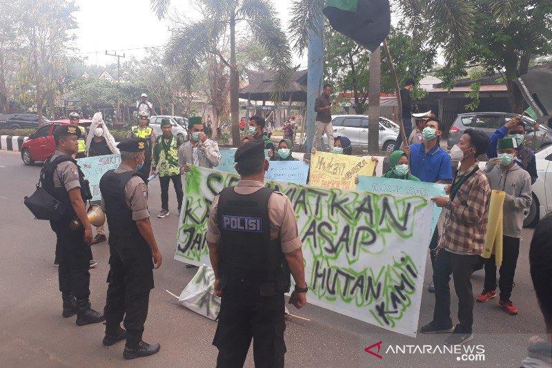 Mahasiswa Kotim desak pemerintah hentikan penerbitan izin perkebunan kelapa sawit