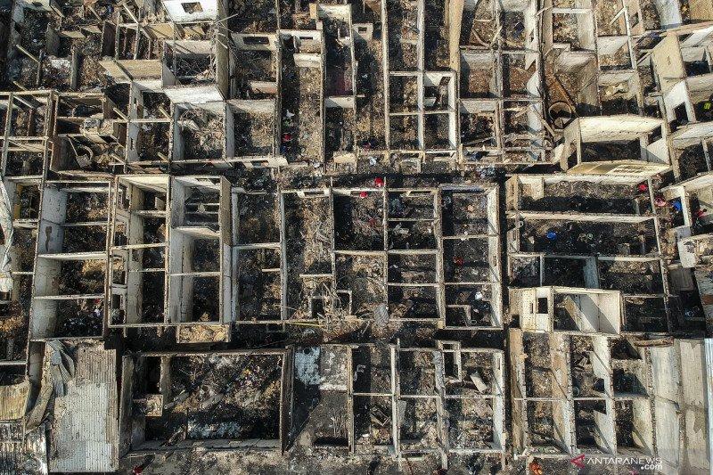 Ledakan ponsel diduga picu kebakaran Jatinegara