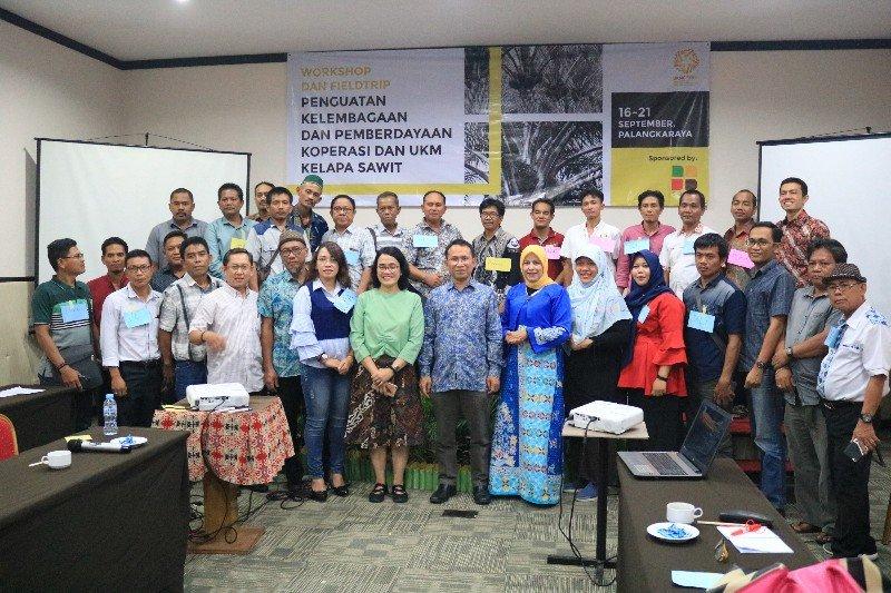 Pemprov dorong pengembangan koperasi dan UKM sektor kelapa sawit