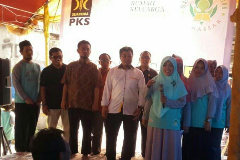 Anggota DPRD Kota Makassar luncurkan Sekolah Ibu